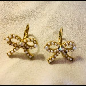 Betsey Johnson bow earrings